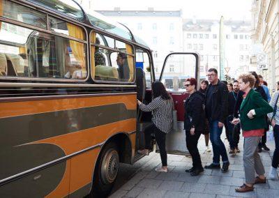 Bitte einsteigen! Interiorexperten führten die Besucher des Münchner Stoff Frühlings 2019 über die Messe